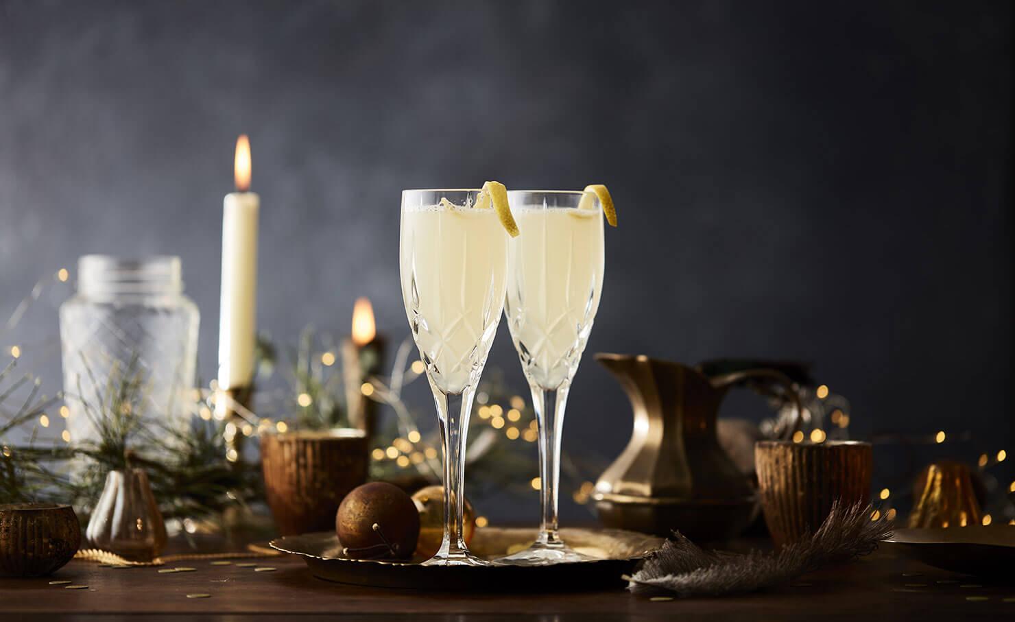 Hendricks Gin Premium Scottish Infused With Cucumber Rose Cetak Foto Ukuran 24r Salon Desktop Image