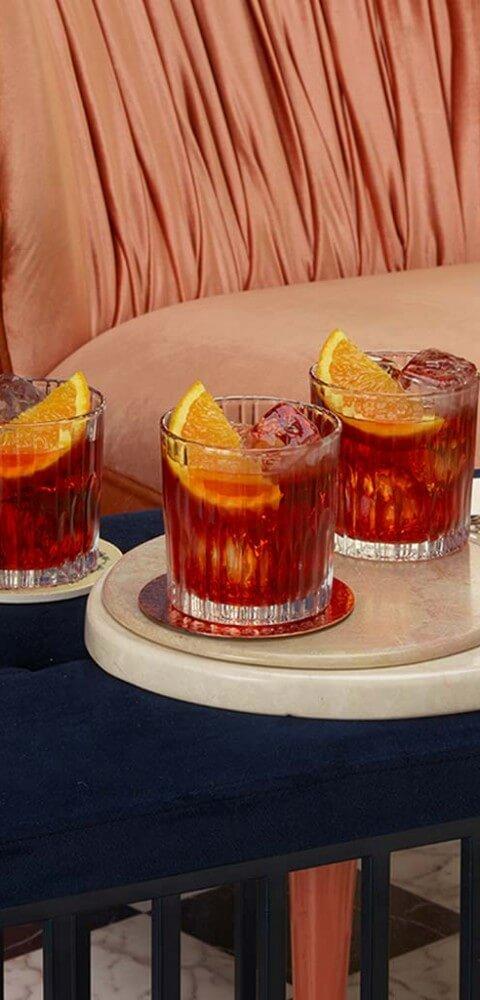 Ricetta Negroni Aperol.Aperol Negroni Recipe Gin Cocktail Recipes Hendrick S Gin